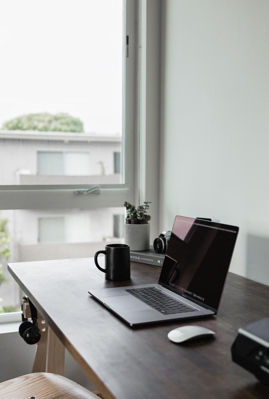 Verbindung von allen Mitarbeitern im Home-Office